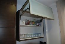 Mueble elevable de puerta doble