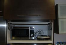Mueble elevable para microndas